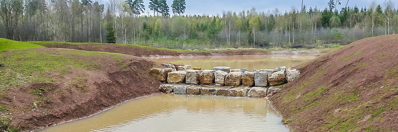 Forst-und Baggerarbeiten Wassersperre Stein