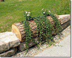 Verschönerung einer Hofeinfahrt mit rustikalem Charme