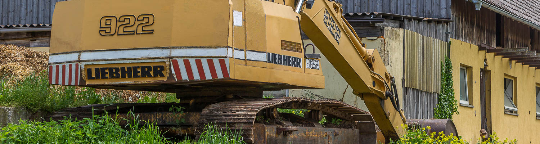 Hof Georgenau Hofgut Forst- und Baggerarbeiten Bagger